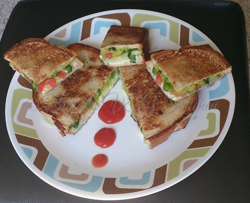 Masala Cheese Toast Sandwich Photography